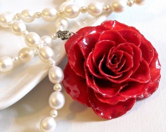 Large Real Rose Pearl Necklace - Red, Flower Necklace, Real Flower Jewelry, Nature Jewelry, Pearl Necklace, Statement Necklace