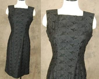 vintage 50s Wiggle Dress - Black Embroidered Dress 1950s Cocktail Dress Sz M