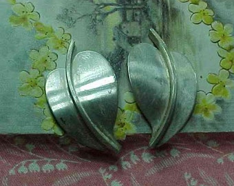 Vintage Beau Sterling Large Leaf Clip On Earrings