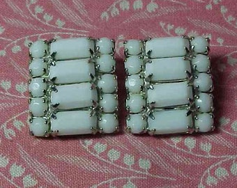 Vintage Weiss White Milk Glass Silver Tone Clip on Earrings