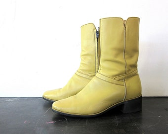 1970s Beatle boots Blonde leather Boots with side zippers Canadian Sahara Mid Calf Hipster Shoes men's size 9 women's 10 Dell's