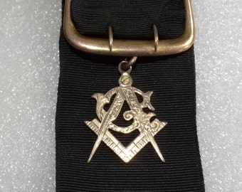 Masonic Jewel Ribbon 10K Gold Antique