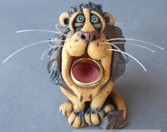 Big-Mouthed Ceramic Lion Sculpture and Ring Holder
