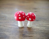 Needle Felted Toadstool Kit, LARGE toadstools, DIY Tutorial Step-by-step Instructions, Felters and Beginners