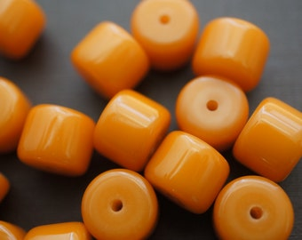 Rich Amber Made with Natural Resins Flat Rondelle Beads - 7mm x 7mm - 20 pcs