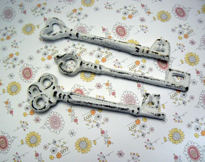 Skeleton Key 3 Each Single Keys Rustic Chippy Cast Iron Shabby Elegance French Decor Classic White Distressed Key Set of 3 Trio