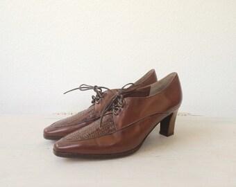 vintage oxfords / lace up oxfords / Parquet heels