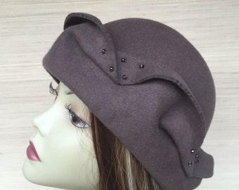 Cloche Hat, Women Felt Hat 1920's Cloche Downton Abbey Hat Millinery Fur Felt Taupe