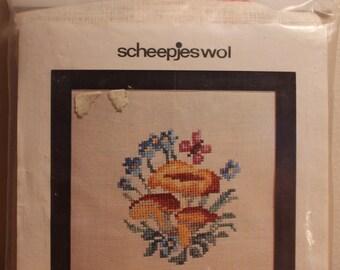 Scheepjes cross stitch mushroom trio #1561,13cmX13cm,chart&linen piece,mushroom cross stitch,mushrooms,mushroom trio,cushion,frame,hobbie