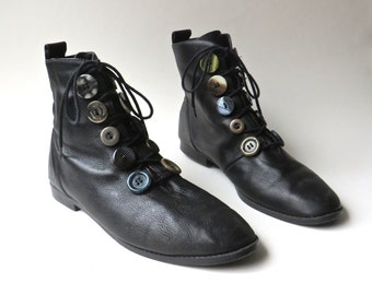 80s vintage Black Leather Ankle Boots with Mismatched Decorative Lacing Buttons  / L. J. Simone / Made in Brazil