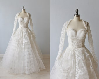 1950s Wedding Dress / 50s Wedding Dress / Lace and Tulle / Long Sleeves / Elsie