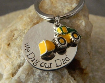 We Dig our Dad Keychain