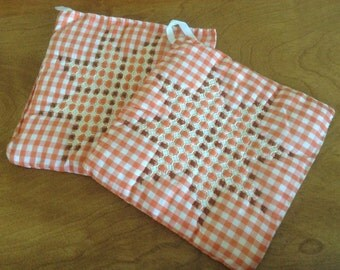 Vintage Gingham Chicken Scratch embroidered pot holders, burnt orange, brown
