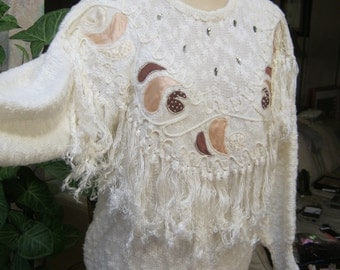 Vintage 80s batwing fringed applique' beige sweater, beige nubby dolman sleeve boho sweater, winter white beaded fringed cottony sweater s M