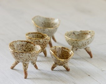 5 Speckled Ceramic Pottery stoneware condiment and spice bowls with gold rims