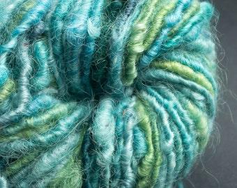 Ocean : handspun corespun yarn cotswold wool, bulky, 38 yards / hand painted hand dyed handpainted hand spun