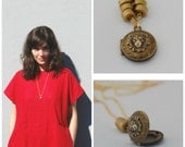 Vintage Locket Lion Head Necklace Jewelry Long Chain Lockets Limited Edition Animal Jewelry Lions Leo Tiny Locket Brass Beads Layer Gifts