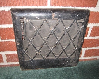 Antique Architectural Salvage Ornate Black Iron Register Grate Complete with Working Vent