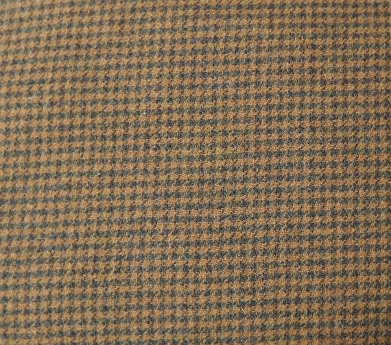 Brown Houndstooth - Felted Wool Fabric Yard in Wool Perfect for Rug  Hooking, Applique and Crafts by Quilting Acres from quiltingacres on Etsy  Studio