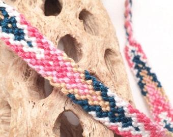 Flame pattern friendship bracelet