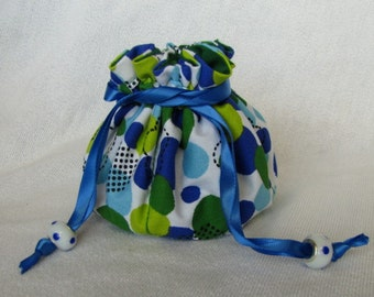 Traveling Jewelry Pouch - Medium Size - Jewelry Bag - Tote - BUBBLE TROUBLE
