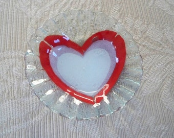 Vintage Collectible Heart Love Glass Ring Dish Sydenstricker Glass Cape Cod