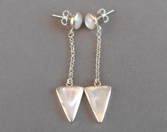 Silver sterling Mother of pearl stud  Earrings / Ready to ship / silver 925 / Bali handmade jewelry  (#109m)