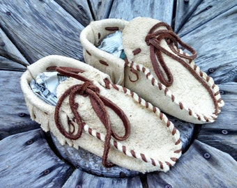 Adult Smoked Braintan Buffaloskin Moccasins - Size 10 men. Native American Moccasins, Deerskin shoes, Ceremonial Regalia, Leather Slippers