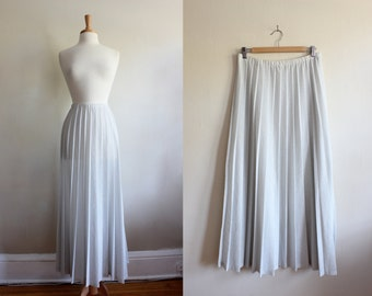Vintage 1960s Sunburst Pleat Silver Lamé Maxi Skirt