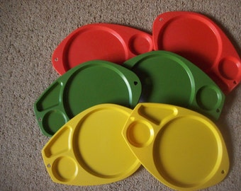 Set of 6 Plastic Divided Plates Paper Plate Holders Picnic or Party Supply