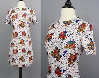 vintage 60s Mod Mini Dress / 1960s Red White and Blue Daisy Print Short Mini Shift Dress / Medium