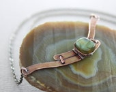 Reserved for Deb - Artsy arch copper necklace with flashy labradorite stone - Arch necklace - Stone necklace - Labradorite necklace