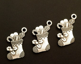 SALE 6 Antiqued Silver Christmas Stocking Charms - 20mm X 16mm - Jump Rings Included