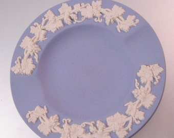 10% OFF SALE WEDGWOOD England Blue Jasper with Grapevines Ashtray Pin Dish Ring Dish Vintage