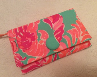 Lilly Pulitzer Love Birds 2016 Fabric Wristlet Clutch