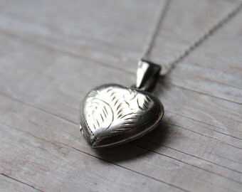 Vintage Sterling Silver Locket, Sterling Silver Chain, Vintage Heart Locket, Silver Heart Necklace, Silver Heart Locket, Vintage Locket