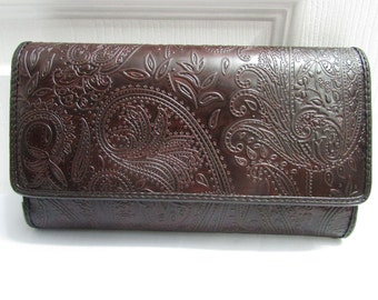 Vintage Relic Dark Brown Flower Embossed Faux Leather Wallet Clutch Purse - Currency, coins, ids, credit cards compartments