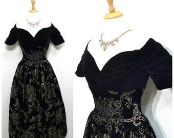 Royal 70s Black Velvet Dress Gold floral Sweetheart Bust Fitted Bodice Full Skirt, Jessica McClintock Princess Party Prom Cocktail dress