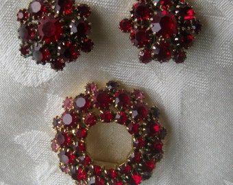 Vintage brooch and earrings set, layers of red stones