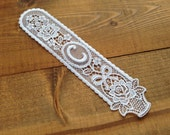 Cotton flower embroidered monogram C bookmark