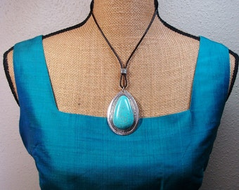 Turquoise Howlite Gemstone and 925 Silver Leather Strap Necklace