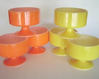 Federal glass style set of 6 mid-century mod retro vintage footed dessert parfait sherbert ice cream bowls cups - 3 Orange, 3 Yellow