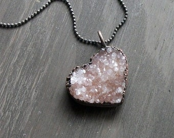 Heart Quartz Valentine Love Necklace Druzy Pale Pink Natural Stone Gift Necklace Pendant Rough Stone