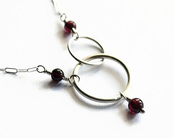 Garnet and Silver Interlocking Circles Necklace, Fine Silver, Handmade