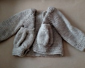 "16""  WLdorf cardigan sweater"