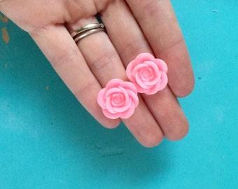 Set of 200 Pink Rose Cabochons. Flower Earrings. Resin Flowers. Rose Supply.