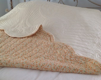 Vintage Hand Stiched Quilt ~ Hand Made Bedspread ~ Orange Floral Pale Yellow Quilt ~ Roses ~ Scalloped Spread ~ Bed Linen Vintage