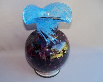 Hand Blown Art Glass Optic Pattern  Vase , Dark Purple and Blue Color