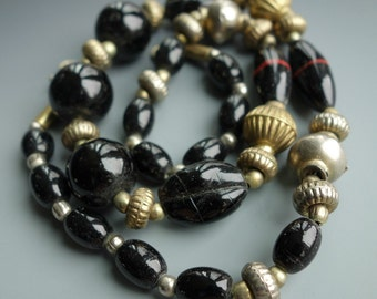 Vintage India Glass Metal Bead Necklace