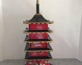 Vintage Mid Century Japanese Pagoda Jewelry/Music Box